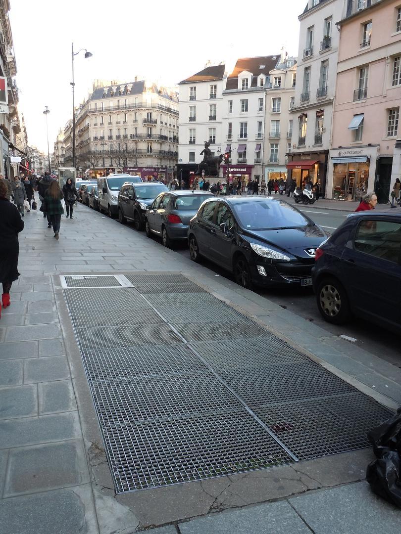 http://keblo1515.free.fr/souterrinterdit/stations/croix_rouge4.jpg