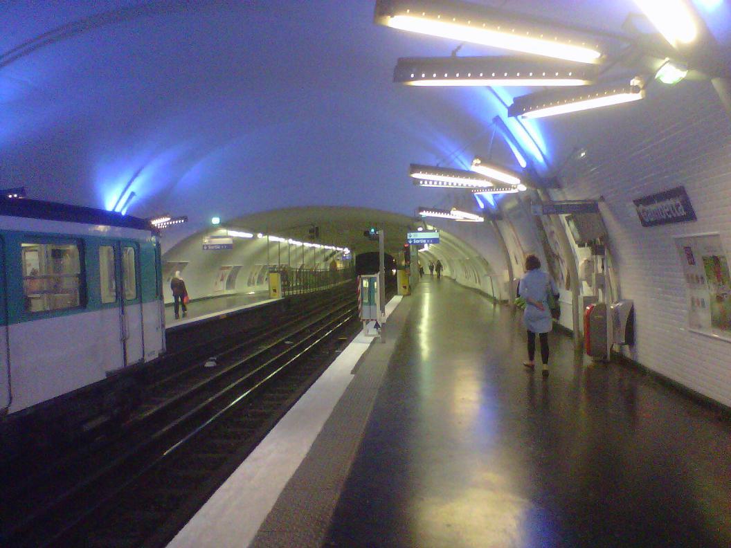 station opéra fermée